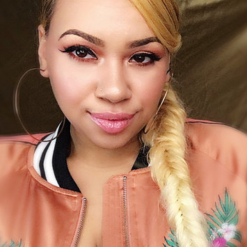 Photo of Essence How to Make Brows Wow Make-up Box uploaded by Brionna W.