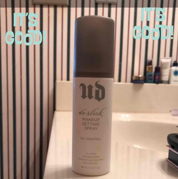 Urban Decay De-Slick Oil Control Makeup Setting Spray uploaded by Sonya M.