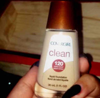 COVERGIRL Clean Normal Liquid Makeup uploaded by alina j.