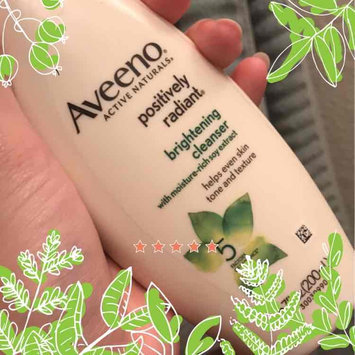 Aveeno Positively Radiant Cleanser uploaded by Olga Janeth O.