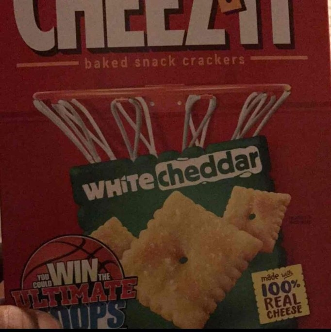Sunshine Cheez-It Baked Snack Crackers White Cheddar uploaded by Samantha U.