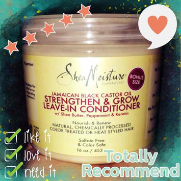 SheaMoisture Strengthen, Grow & Restore Leave-In Conditioner, Jamaican Black Castor Oil, 16 oz uploaded by Lindsay C.