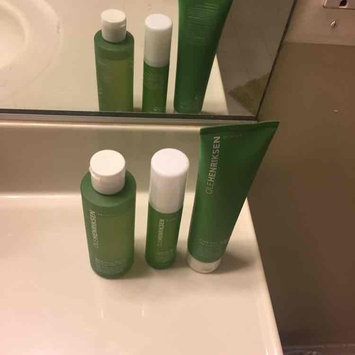 Ole Henriksen Balancing Force™ Oil Control Toner uploaded by Eva A.