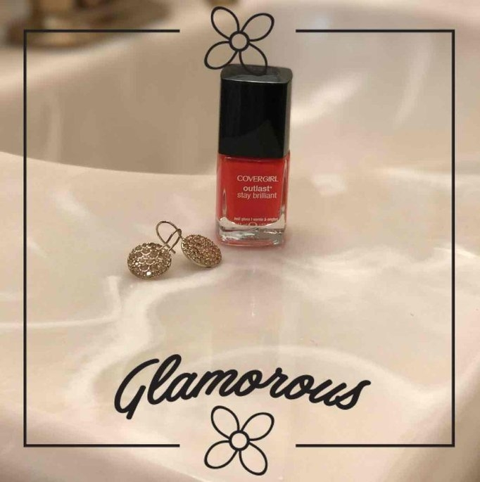COVERGIRL Outlast Stay Brilliant Nail Gloss uploaded by Linda S.