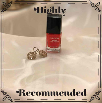 Photo of COVERGIRL Outlast Stay Brilliant Nail Gloss uploaded by Linda S.