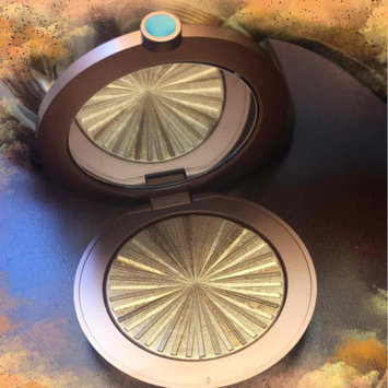 Photo of Estée Lauder Bronze Goddess Illuminating Powder Gelée uploaded by ANASTASIA P.