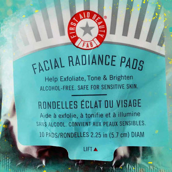 Photo of First Aid Beauty Facial Radiance Pads uploaded by Jen C.