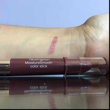 Photo of Neutrogena® MoistureSmooth Color Stick uploaded by Claudia M.