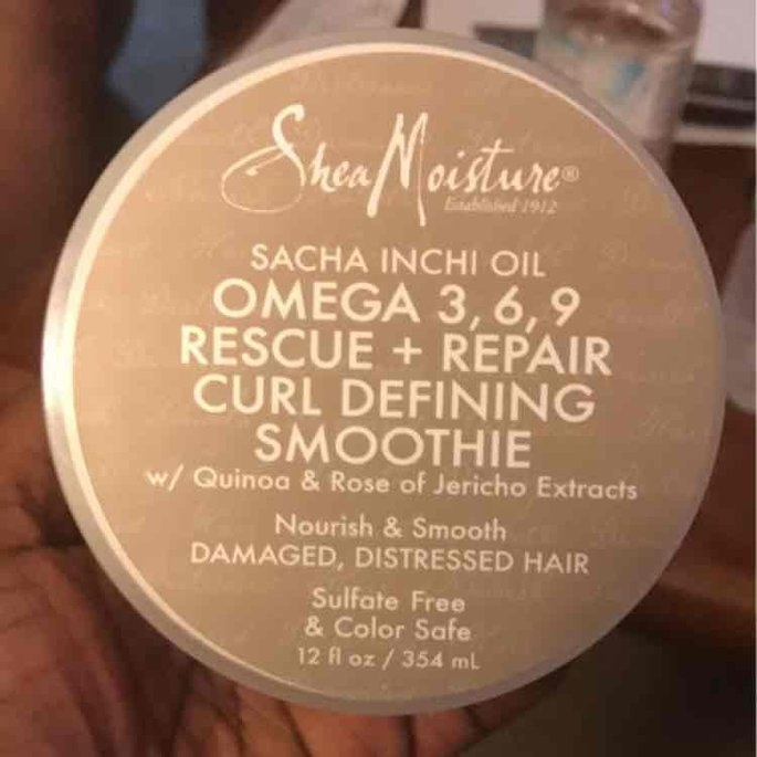 SheaMoisture Sacha Inchi Rescue & Repair Curl Defining Smoothie uploaded by Richelle C.