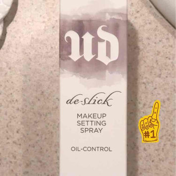 Urban Decay De-Slick Oil Control Makeup Setting Spray uploaded by Alejandra M.