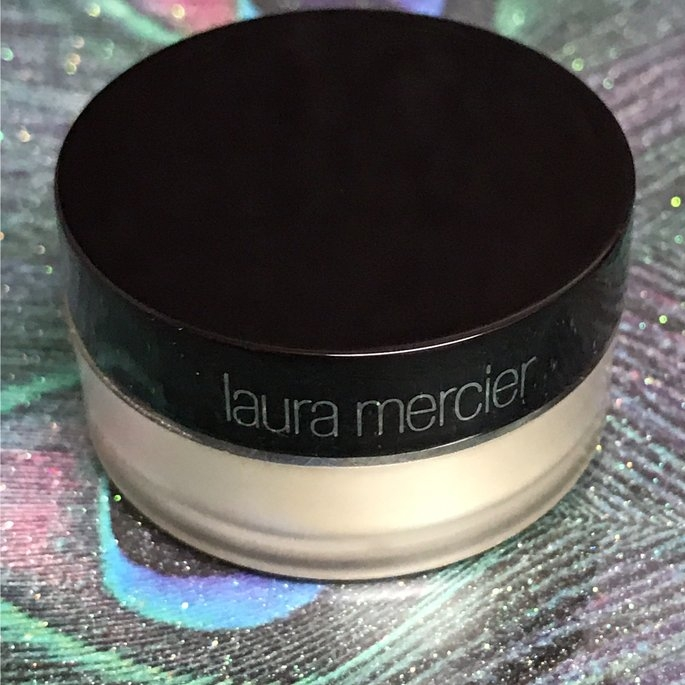 Laura Mercier Translucent Loose Setting Powder uploaded by Rose P.