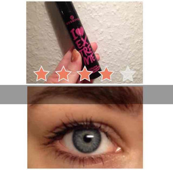 essence I extreme volume mascara 01 uploaded by Mette N.