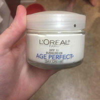 L'Oréal Paris AGE PERFECT® Day Cream SPF 15 uploaded by Teran F.