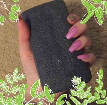 Photo of Earth Therapeutics Charcoal Vegetable Body Sponge uploaded by Stacy S.