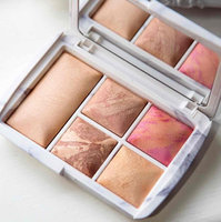 Hourglass Ambient® Lighting Edit - Surreal Light uploaded by Lucy R.