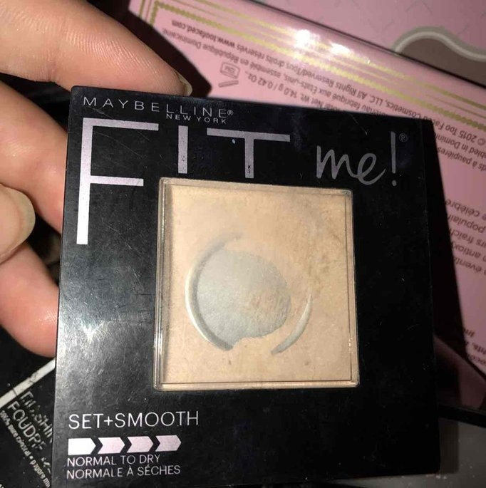 Maybelline Fit Me! Set + Smooth Pressed Powder uploaded by Makayla C.