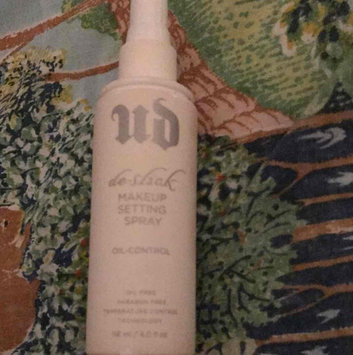 Urban Decay De-Slick Oil Control Makeup Setting Spray uploaded by Ana V.