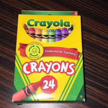 Photo of Crayola 24ct Crayons uploaded by Estefany N.