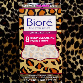 Biore® Deep Cleansing Pore Strips 8 ct Box uploaded by Angel F.