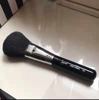 Sigma Beauty Sigma - F20 Large Powder Brush, for Controlled Bronzer Application uploaded by Genny E.