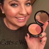 IMAN Bronzing Powder uploaded by Erin V.