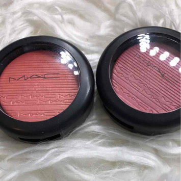 Photo of MAC Cosmetics Extra Dimension Blush uploaded by Elizabeth L.