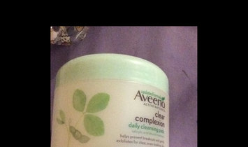 Aveeno Clear Complexion Daily Cleansing Pads uploaded by Peggy C.