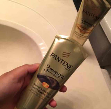 Photo of Pantene 3 Minute Miracle Moisture Renewal Deep Conditioner uploaded by Amanda K.