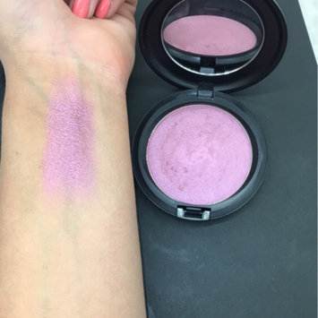Photo of M.A.C Cosmetic Justine Skye Iridescent Powder uploaded by Katie B.
