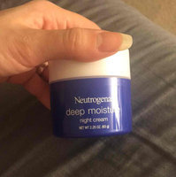 Neutrogena® Deep Moisture Day Cream with Sunscreen Broad Spectrum SPF 20 uploaded by Mgdolen Z.