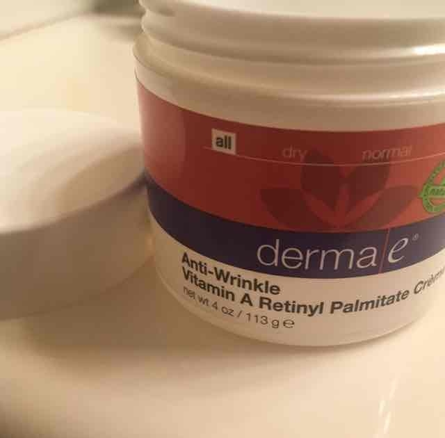 derma e Vitamin A Retinyl Palmitate Wrinkle Treatment Cream uploaded by Jackie S.