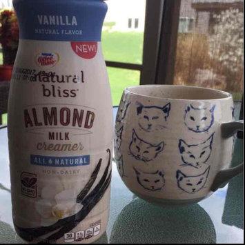 Nestle Coffeemate Natural Bliss Almond Milk Vanilla Liquid Coffee Creamer 16 fl oz Bottle uploaded by Natalie L.