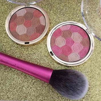 Photo of Milani Illuminating Face Powder uploaded by Heather I.