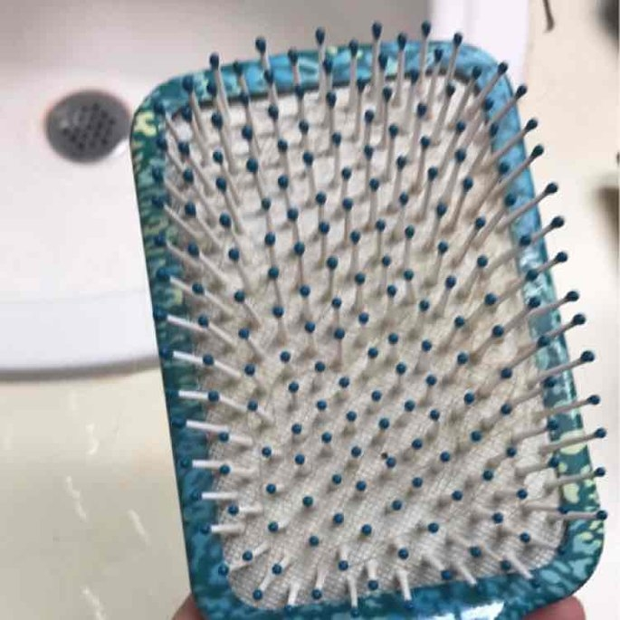 Conair Brush Gel Grips Soft Gel Handle Paddle Brush uploaded by Morgan T.