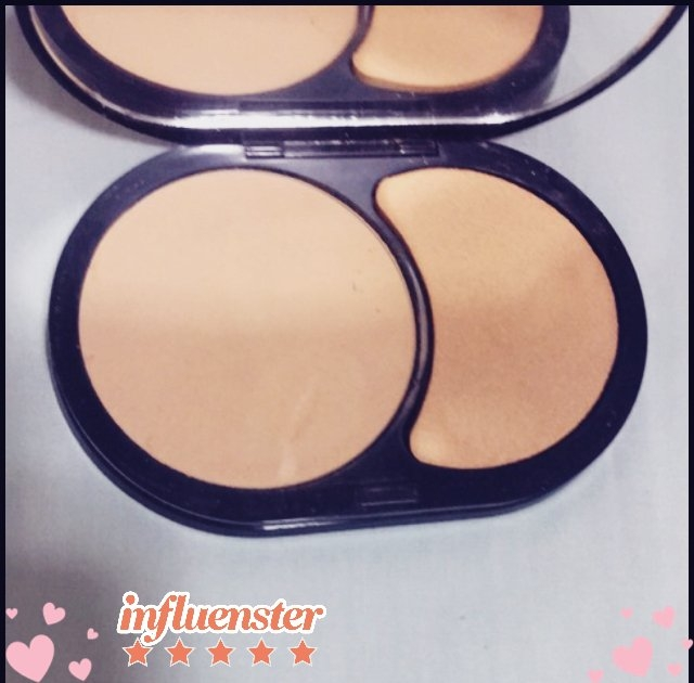 SEPHORA COLLECTION 8 HR Mattifying Compact Foundation uploaded by Laura A.