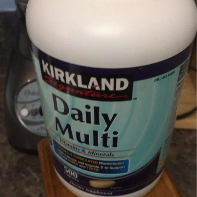 Kirkland Signature Daily Multivitamin & Mineral Tablets, 500 Count Bottle uploaded by Enie B.
