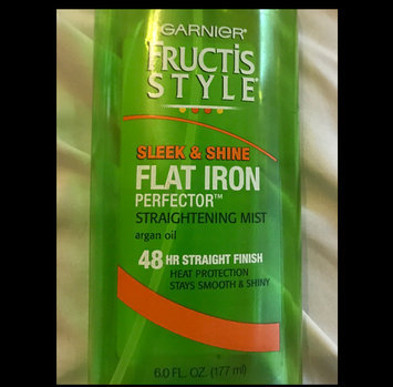 Garnier Fructis Style Sleek & Shine Flat Iron Perfector Straightening Mist 24 Hr Finish uploaded by Daissy G.