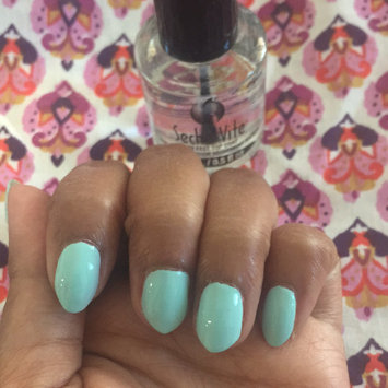 Photo of Seche Vite Dry Fast Topcoat .125 Oz uploaded by Lauriana B.