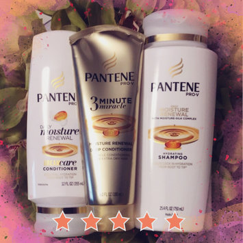 Photo of Pantene 3 Minute Miracle Moisture Renewal Deep Conditioner uploaded by Laura V.