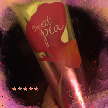 Photo of Signature Collection 24 Hour Moisture Ultra Shea Body Cream uploaded by denise f.