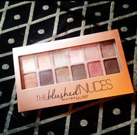 Maybelline New York Expert Wear The Blushed Nudes Shadow Palette uploaded by Candice R.
