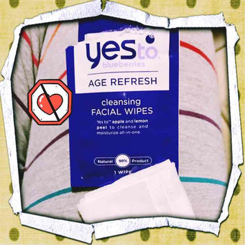 Photo of Yes To Blueberries Cleansing Facial Wipes uploaded by Viola C.