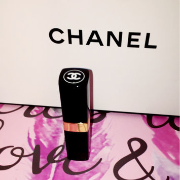 Photo of CHANEL Rouge Coco Baume Hydrating conditioning LIP BALM uploaded by Amanda M.