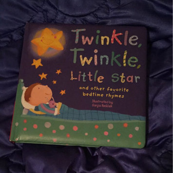 Photo of Twinkle, Twinkle, Little Star: And Other Favorite Nursery Rhymes (Padded Nursery Rhyme Board Books) uploaded by Gemini M.