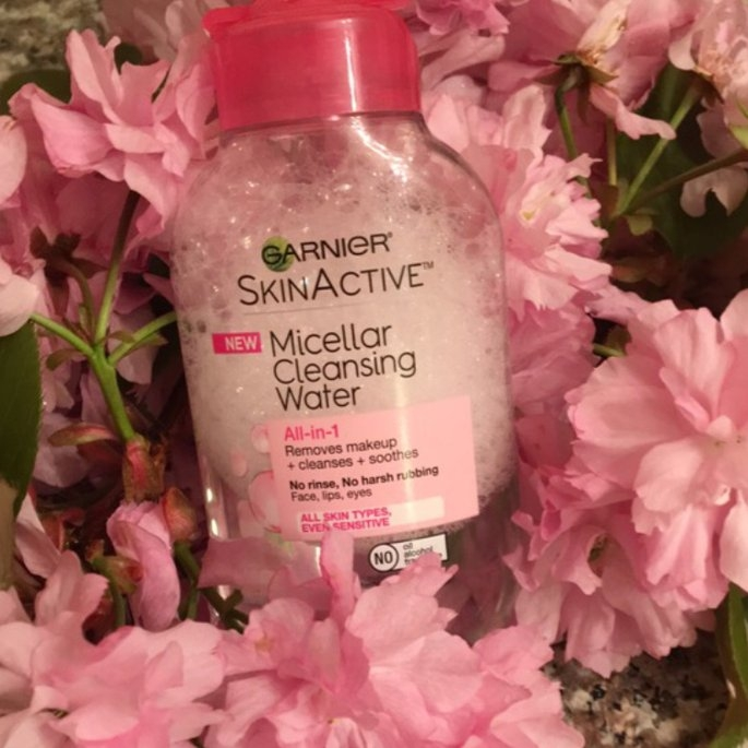 L'Oreal Garnier Skin Micellar Cleansing Water 400 ml by HealthMarket uploaded by Nicole Y.