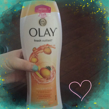 Photo of Olay Fresh Outlast Invigorating Champagne Mango & White Ginger Body Wash uploaded by Tanna L.