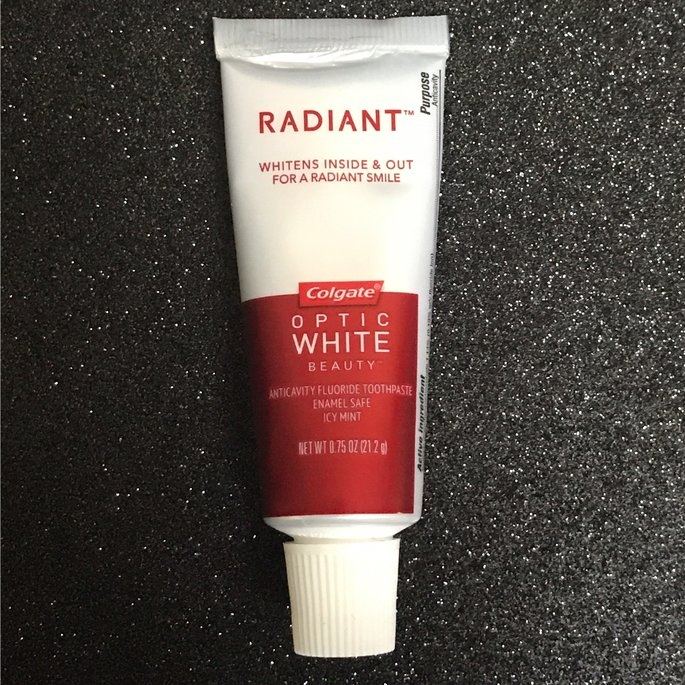 Colgate Optic White Platinum Toothpaste, White & Radiant uploaded by Rose P.