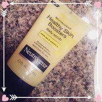 Neutrogena® Healthy Skin Boosters Daily Scrub uploaded by Helena L.