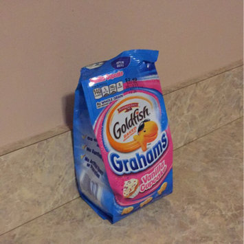 Photo of Pepperidge Farm Goldfish Grahams Vanilla Cupcake Graham Snacks uploaded by Gemini M.