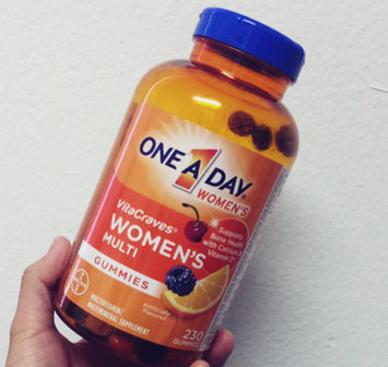 One A Day Women's VitaCraves Gummies (230 ct.) uploaded by Nhat H.